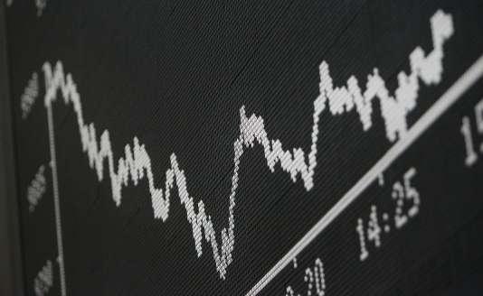 L'action du groupe allemand a chuté de 19,82% pour finir à 106 euros, ce qui amène à 35 % sa dégringolade sur deux séances, soit 25 milliards d'euros de capitalisation boursière qui se sont évaporés. Dans son sillage, la Bourse de Francfort a plongé de 3,80 %.
