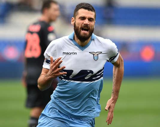 L'attaquant de la Lazio, Antonio Candreva, figurera aussi sur les tickets de transports en commun.