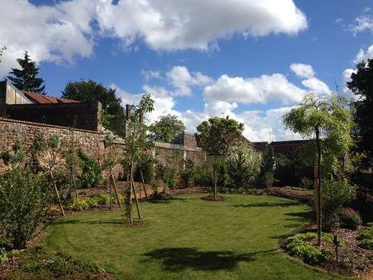 Le jardin et la maison de Colette, dans l'Yonne.