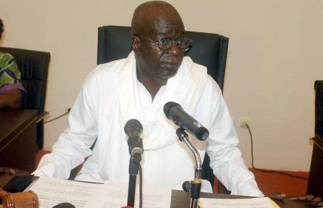 Cheriff Sy, président du Conseil national de transition, à Ouagadougou le 27 novembre 2014.