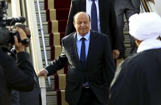 Le président yéménite Abd Rabo Mansour Hadi lors de son arrivée au Soudan, en août 2015.