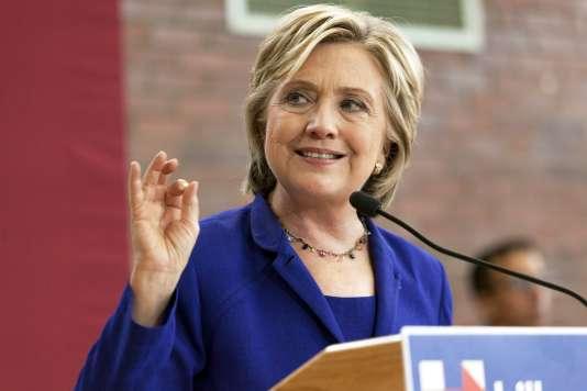 Après des années de silence, la candidate démocrate Hillary Clinton s'est prononcée, lors d'un déplacement dans l'Iowa, contre le projet d'oléoduc géant Keystone, qui «détourne» les Etats-Unis «du travail important à accomplir» sur le climat.