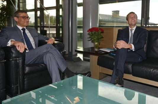 L'autorisation du gouvernement français était attendue après la rencontre à Paris en septembre entre le patron du groupe nordique, Rajeev Suri, et le ministre français de l'économie, Emmanuel Macron.