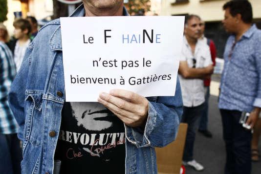 Durant un déplacement de Marion Maréchal Le Pen dans les Alpes Maritimes le 12 septembre 2015.