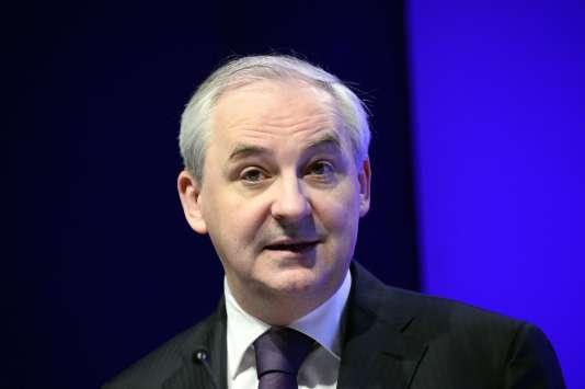 Le mandat de l'actuel patron de BPCE, François Pérol, qui se trouve conforté dans un fauteuil très convoité, court jusqu'en mai 2017.
