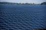 Centrale photovoltaïque EDF à Crucey, près de Chartres.