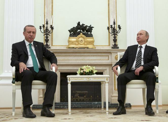 Le président Vladimir Poutine et son homologue turc, Recep Tayyip Erdogan, au Kremlin, le 23 septembre.