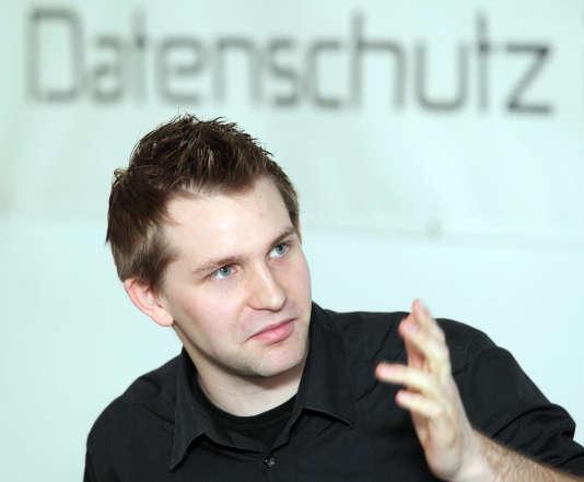 L'Autrichien Max Schrems lors d'une conférence de presse, le 7 janvier 2012.