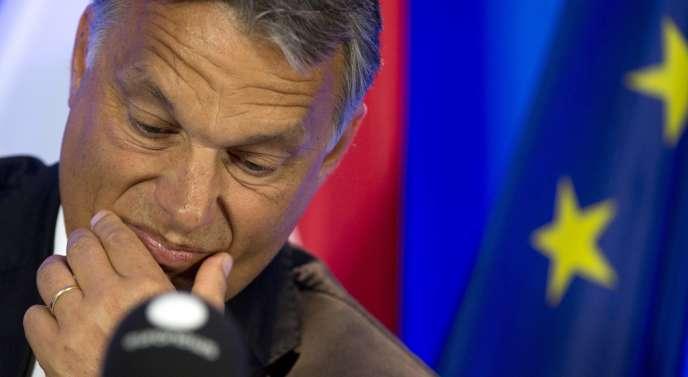 «Orban propose à tous un contre-modèle : la démocratie illibérale» (Photo: le premier ministre hongrois Viktor Orban à Bruxelles.