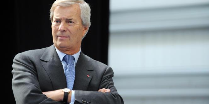 Vincent Bolloré, le président des conseils de surveillance de Vivendi et de Canal+,  a assuré que le rapprochement entre les deux concurrents n'induirait pas forcément une baisse du montant des droits de retransmission des matchs.