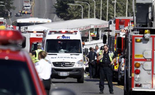 Des véhicules de secours sur le site de l'accident, le 24 septembre.