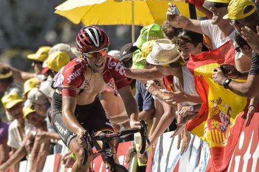 Le Français Tony Gallopin en pleine ascension, le 14 juillet 2015, lors de l'étape entre Tarbes et La Pierre-Saint-Martin.