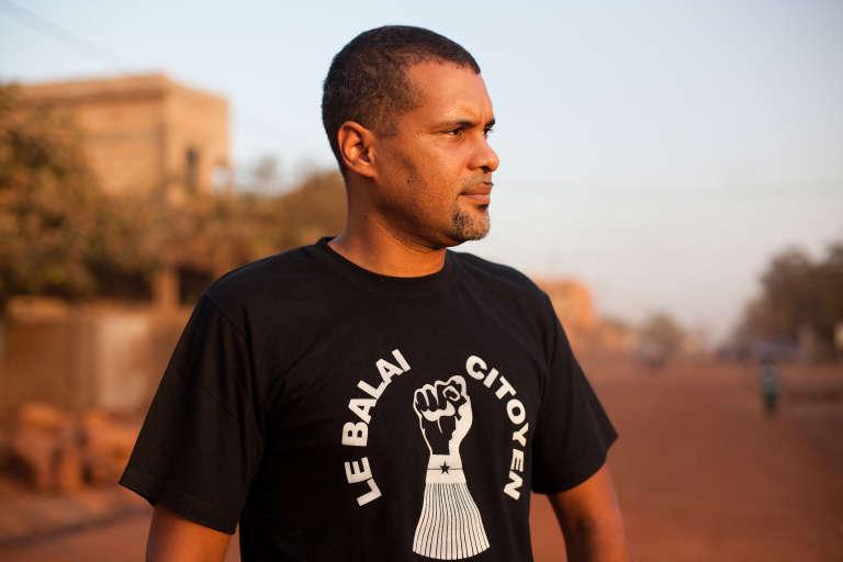 Smockey, rappeur, producteur et cofondateur du mouvement Balai citoyen.