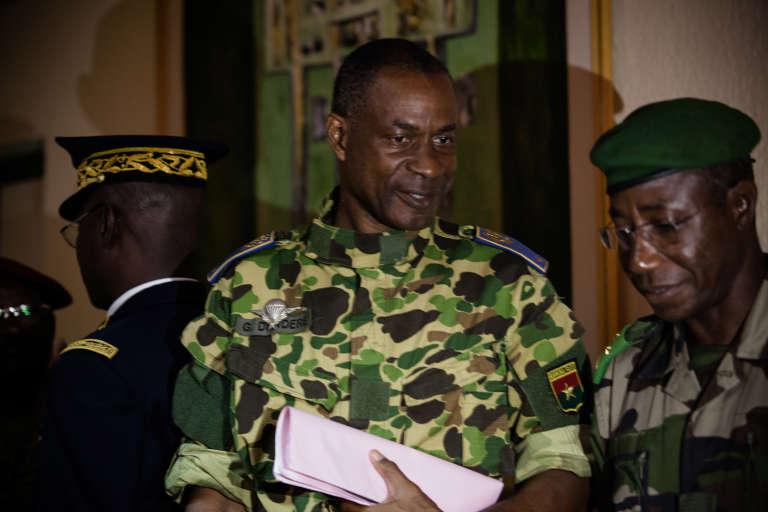 Le général Gilbert Diendéré le jour où il a annoncé la fin de sa tentative de coup d'Etat et son intention d'assumer sa responsabilité, le23septembre.