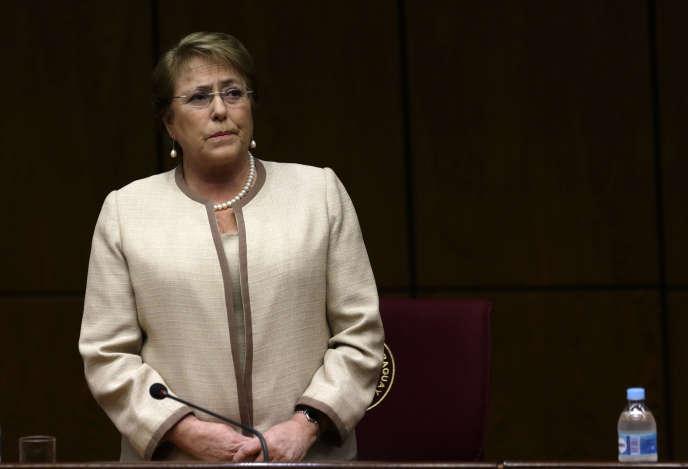 La présidente chilienne, Michelle Bachelet, le 23 septembre à Asuncion, au Paraguay.
