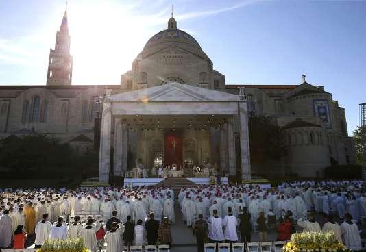 Le Pape François durant la messe de canonisation de Junipero Serra à la basilique de Washington le 23 septembre 2015.