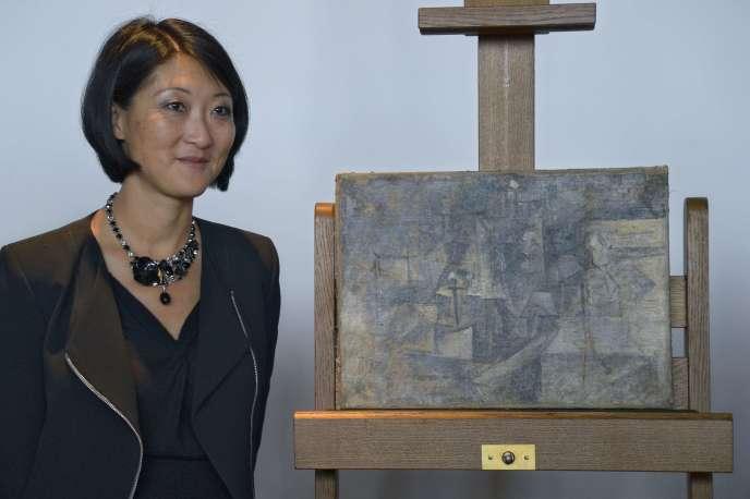 La ministre de la culture et de la communication, Fleur Pellerin, lors d'une conférence de presse pour le retour d'un tableau de Picasso au Centre Pompidou à Paris, le 24 septembre 2015.