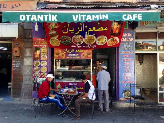 Le restaurant syrien tenu par Amar, venu d'Alep, à Izmir.