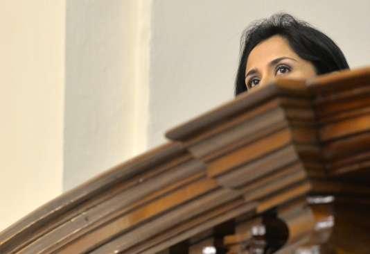 Nadine Heredia assise au balcon présidentiel du palais des congrès de Lima, en juillet 2013.
