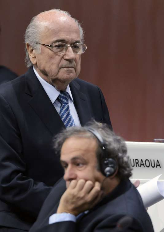 Joseph Blatter et Michel Platini, le 29 mai 2015, lors du 65e congrès de la FIFA, à Zurich.