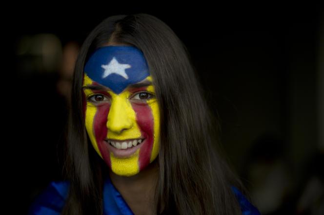 Une pro-indépendantiste, à Barcelone, en septembre 2015.