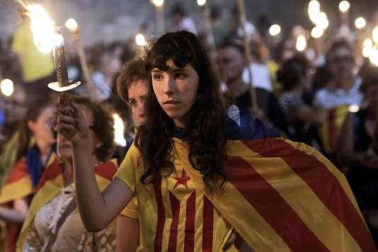 Les indépendantistes de Catalogne ont organisé le 11 septembre 2013 une chaîne humaine de 400 kilomètres du nord au sud de la région.