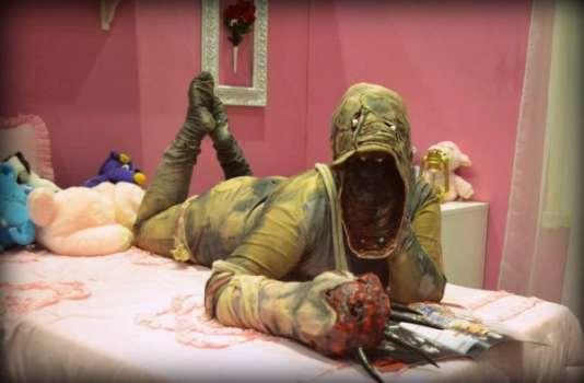"""Image promotionnelle parodique de """"SOMA"""", le dernier jeu d'horreur en date de l'industrie."""