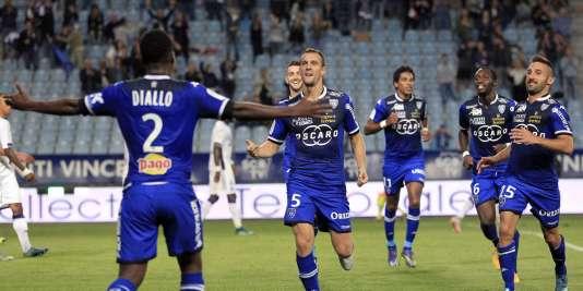 Bastia s'est facilement débarrassé de Toulouse au stade Furiani.