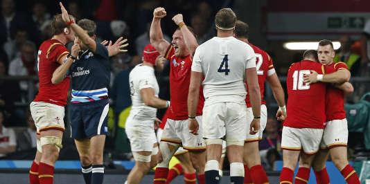 Les Gallois ont battu les Anglais chez eux lors de la Coupe du monde de rugby.