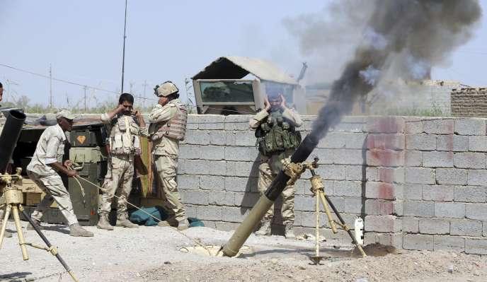 En Irak, l'intervention de la coalition internationale a permis d'endiguer l'expansion de l'EI au Kurdistan irakien, dans la plaine de Mossoul et dans la région du Sinjar.
