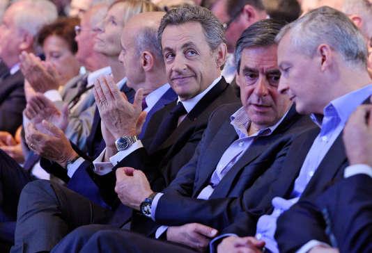 Nicolas Sarkozy, avec Marielle de Sarnez, Alain Juppé, François Fillon et Bruno LeMaire à Nogent-sur-Marne le 27 septembre 2015.