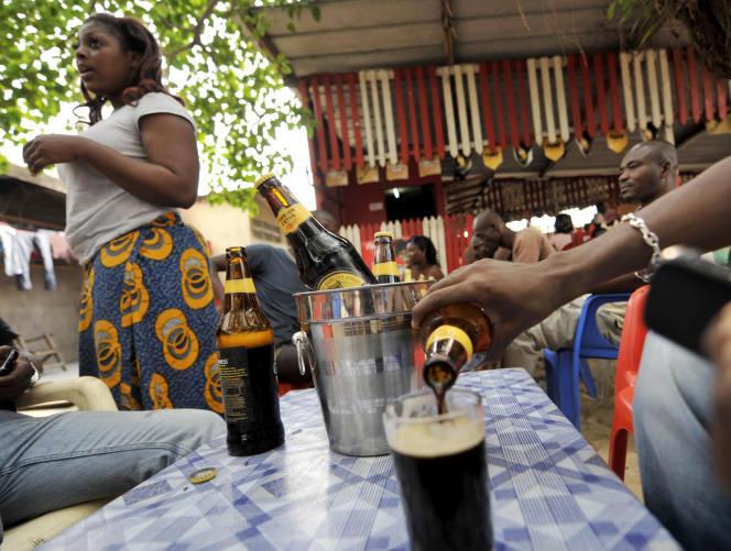 Dans un maquis d'Abidjan, en janvier 2011.