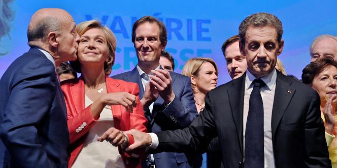 Alain Juppé (à gauche) , Valerie Pécresse, et Nicolas Sarkozy au Meeting de Valérie Pécresse pour les élections régionales à Nogent sur Marne le 27 septembre 2015.