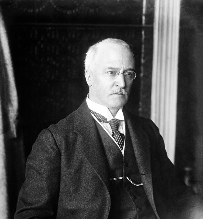Rudolf Diesel (1858-1913), ingénieur allemand, inventeur du moteur qui porte son nom.