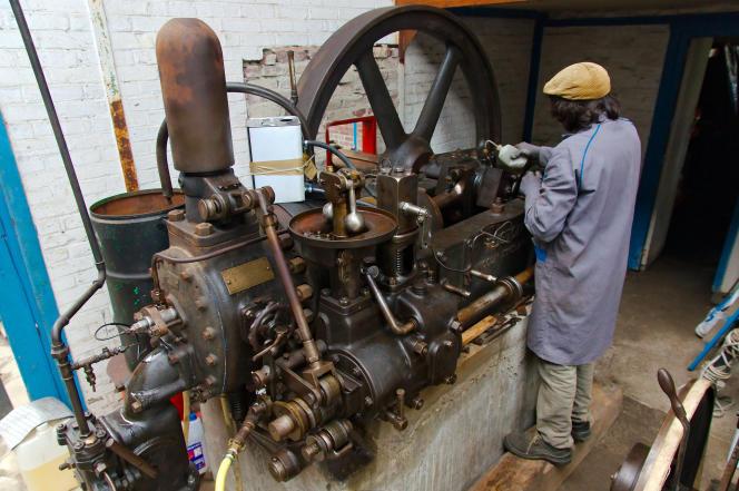 Un moteur diesel Ruston datant probablement des années 1930.