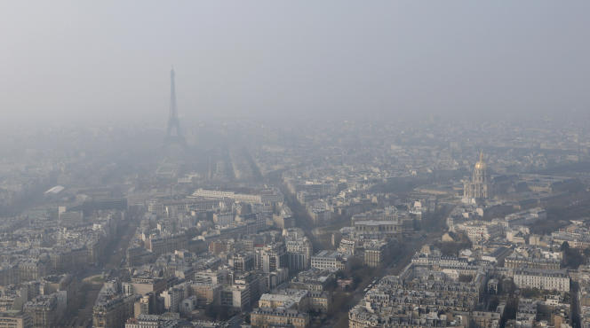 Pic de pollution à Paris en mars 2015.