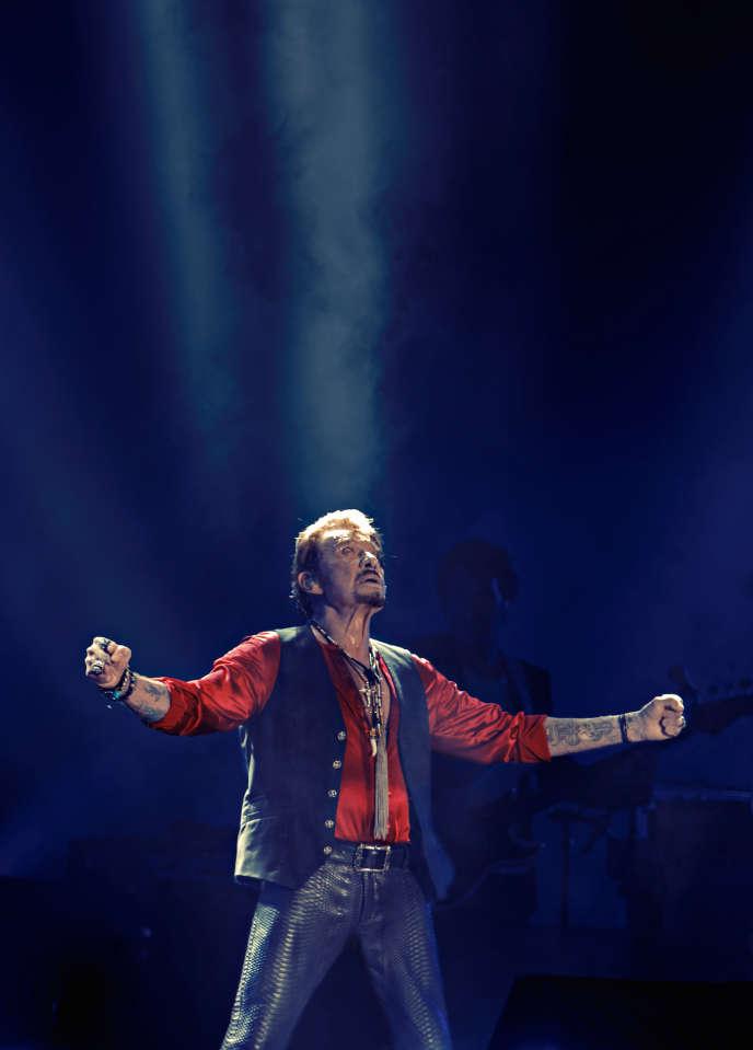 Johnny Hallyday en concert le 17 juillet 2015 à Biarritz dans le cadre du Big Festival.
