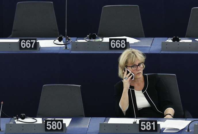 Nadine Morano au Parlement européen, 30 septembre 2015.  REUTERS/Vincent Kessler