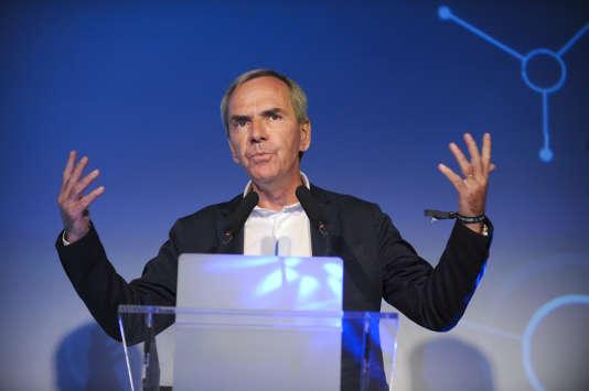 CCM Benchmarck était détenu à 60 % par Benoît Sillard.