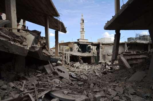Une photo prise le 30 septembre du centre de la ville de Talbisseh dans la province de Homs, où les forces russes ont mené des frappes mercredi.