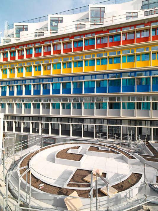Le Corbusier imagine, en 1929, la Cité de Refuge, à Paris.