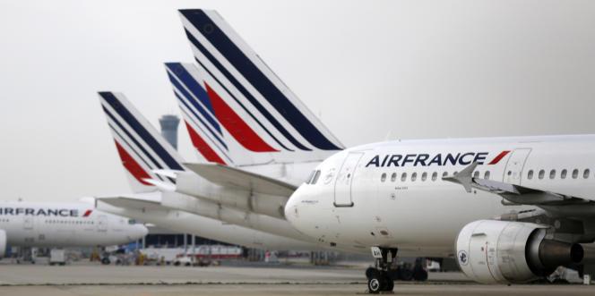 L'annonce de ce plan de restructuration intervient après l'échec des négociations entre la direction d'Air France et les syndicats de ses pilotes.