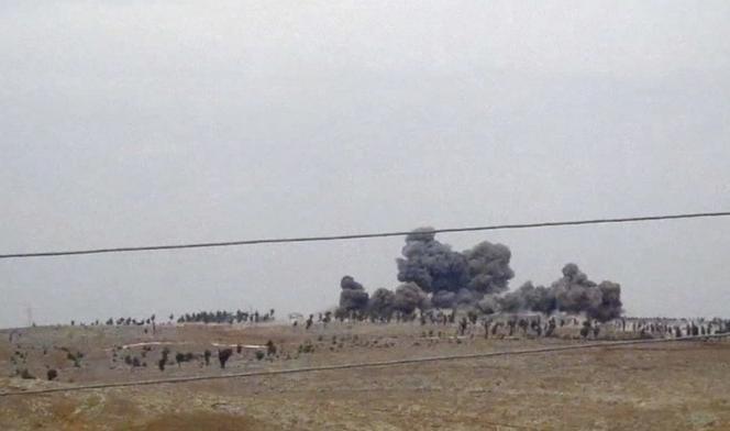Frappes aériennes russes dans la province d'Idlib, dans le nord de la Syrie,  jeudi 1er octobre.