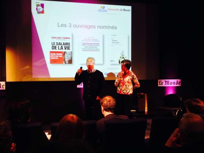 Lors de la cérémonie de remise du prix du livre RH 2015, mardi 29 septembre au Monde, le sociologue Guy Jobert (avec à sa gauche Ghislaine Caire de Syntec conseil en recrutement), dont le dernier ouvrage était nominé, a expliqué son propos sur