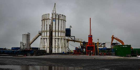 La plate-forme d'exploration pétrolière de Hess Oil France à Chartronges, en Seine-et-Marne.