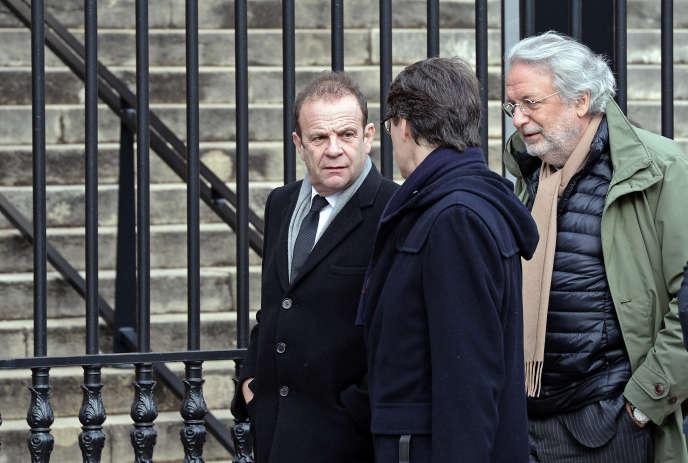 François-Marie Banier, à Bordeaux le 27janvier, lors du procès Bettencourt avec l'un de ses avocats (de profil).