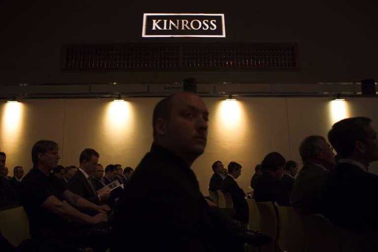 Lors d'une assemblée des actionnaires de Kinross, à Toronto, en mai 2012.