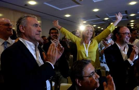 Au quartier général de campagne du Parti social démocrate, le 4 octobre après l'annonce des résultats des premiers sondages de sortie des urnes.