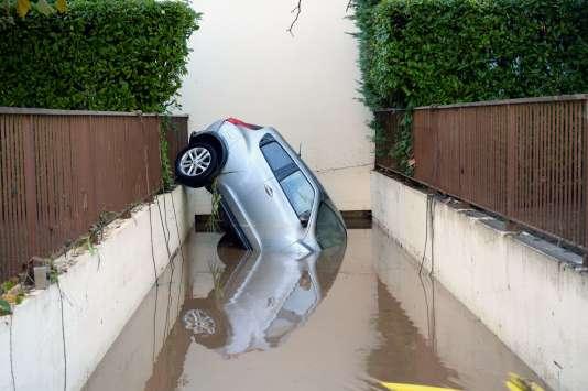 Seize personnes sont mortes dans les inondations qui ont frappé les Alpes-Maritimes dans la soirée du 3 octobre.