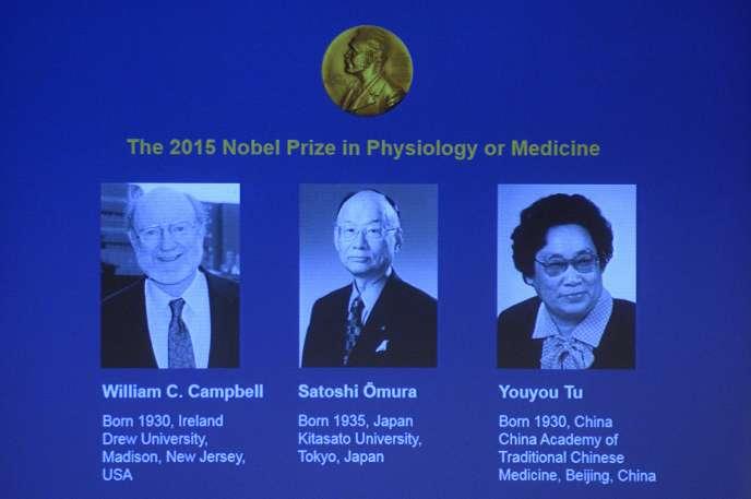 William Campbell et Satoshi Omura sont récompensés pour leur thérapie contre les infections causées par les vers nématodes, Youyou Tu pour ses recherches sur le paludisme.